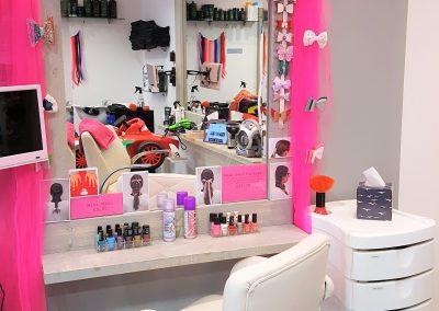 our salon 5
